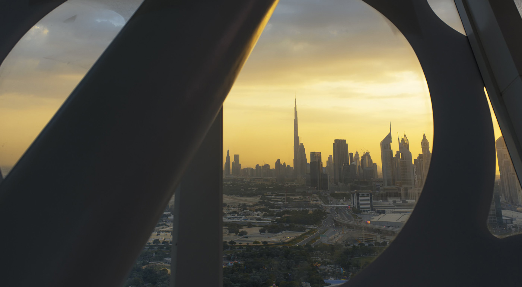 Present Dubai
